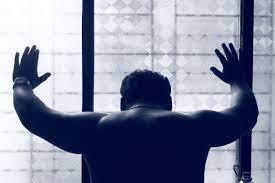 Fotos gratis : mano, hombre, persona, en blanco y negro, masculino,  estatua, color, sentado, azul, monocromo, brazo, muscular, músculo,  espalda, fotografía, imagen, depresión, Deprimido, frustrado, Fotografía  monocroma, Posiciones humanas 5184x3456 - -